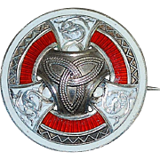 Scottish Heraldic Sterling Silver and Enamel Brooch - 1915