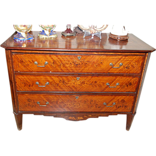 18th Century Italian Neoclassical Marquetry Commode