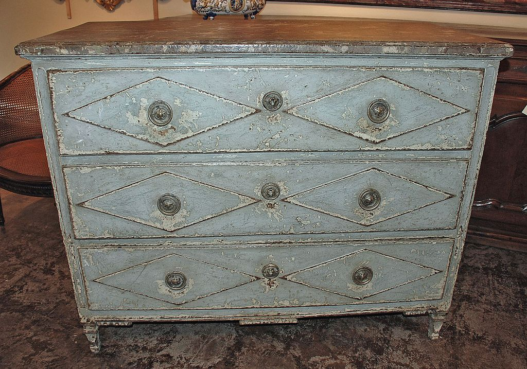 Very Chic French Painted Commode