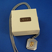 Avon 1983 Zodiac Leo Necklace with Box