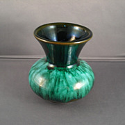 Small Spittoon-Shaped Blue Mountain Pottery Vase in Green-drip Glaze