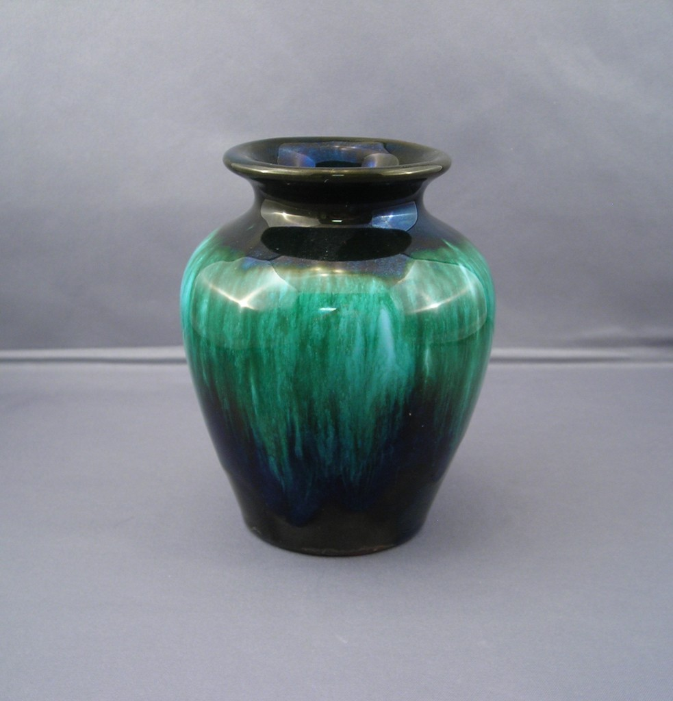 Blue mountain pottery vase in green drip glaze sold ruby lane reviewsmspy