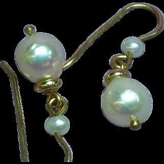 Vintage 14 Karat Yellow Gold Pearl Drop Pierced Earrings