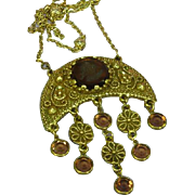 Awesome Vintage UnSigned Goldette  Intaglio Crystal Charm Pendant Necklace