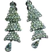 Gorgeous WEISS Shiny Vintage Dangle Rhinestone Articulated Clip Earrings