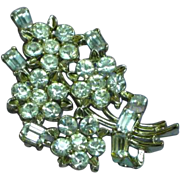 Lisner Signed Gorgeous Floral Leaf Rhinestone Bouquet Flowers Rhodium Plated Pin Brooch