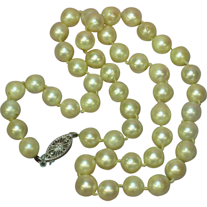 """Akoya Creamy White Cultured Pearls & 14K 16"""" Vintage Necklace"""