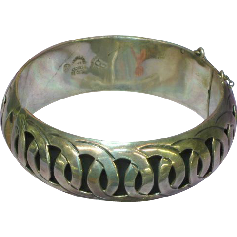 Mexican Mexico Vintage Hecho Taxco Sterling Silver Hinged Bangle Bracelet