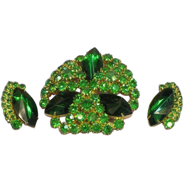 SALE!!  Emerald Green Rhinestone Sensational Large Pin and Earrings Demi Parure