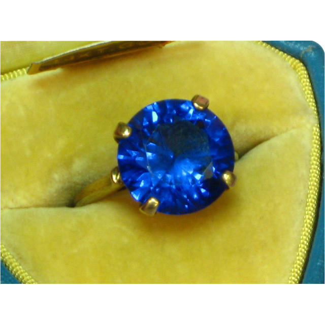 Dason 10 Karat Rose Gold Amazing Victorian  and Deep Blue Spinel Ring