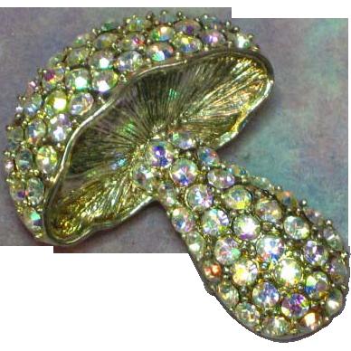 Rhinestones A/B Sparkle Plenty Silver 3-D Mushroom Pin Brooch