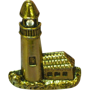 Camco Signed Light House Gold Tone Detailed Pin Brooch