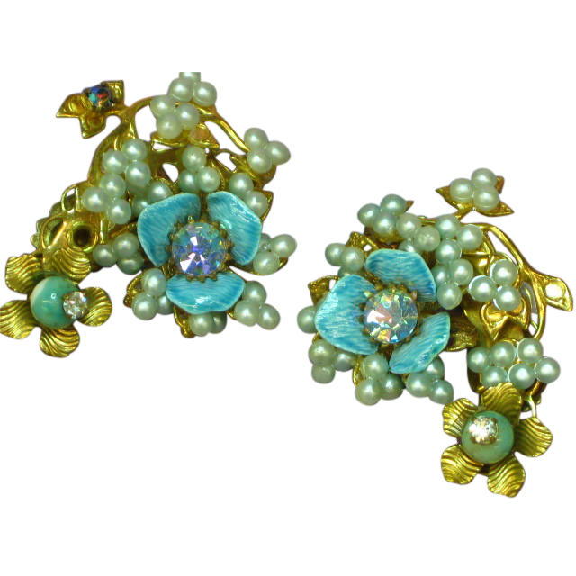 Enamel Baby Blue Floral Rhinestones Faux Seed Pearl Clip Earrings