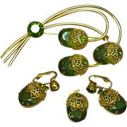 Sarah Coventry Lovely Vintage Green Rhinestones Branch Floral Pin Brooch  Matching Dangle Clip Earrings Pendant Set Parure