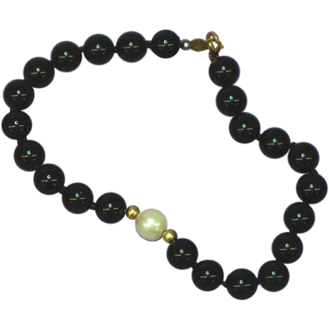 Gemstones Gorgeous 14K Gold Onyx & Fresh Water Pearl Hand Knotted Bracelet