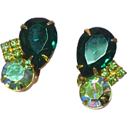 Juliana  Vintage D&E DeLizza & Elster Green Rhinestone Clip Earrings