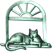 J.J. Signed Vintage Cat on the Window Sill Brooch Pin