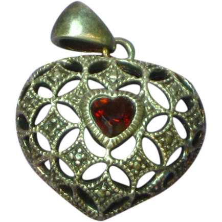 Vintage  Heart Shaped Heart Garnet Sterling Silver Pendant