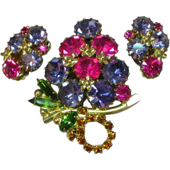 Weiss Brilliant Rhinestones Floral Delight Pin Brooch Clip Earrings Demi Parure