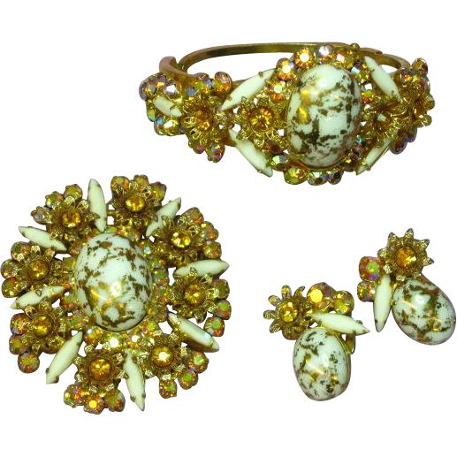 Juliana D&E Incredibly Dimensional Milk Glass Gold Speckled Veining,  AB Rhinestones Filigree Set Demi-Parure