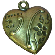 Puffy Heart Forget Me Not Flowers Blooms on 1940's Romantic Sterling Charm