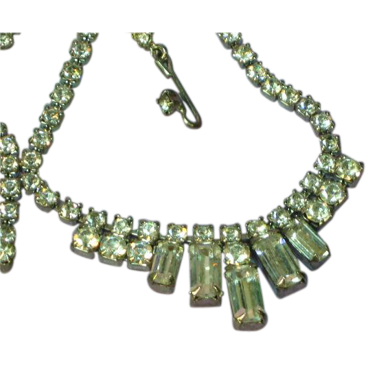 Outstanding Vintage Bright Clear Rhinestone Necklace