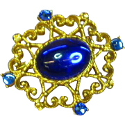 Rhinestones Gripoix Glass Gold tone Brooch Pin