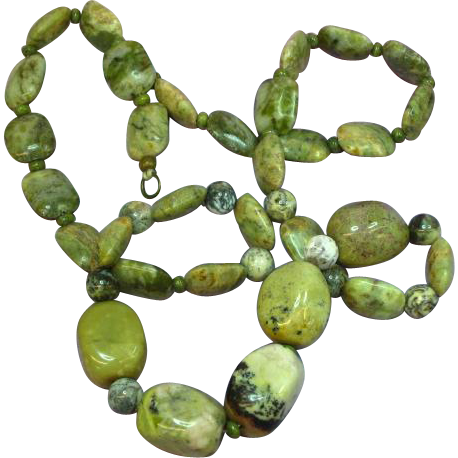 Green Turquoise and Green Agate Bead Necklace