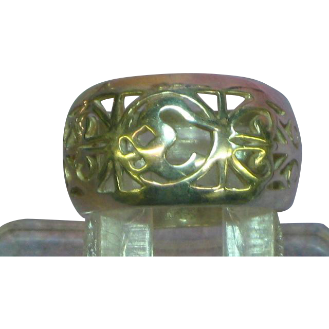 Sterling Silver Marked 925 Embossed Filigree Domed Cigar Band Vintage Ring
