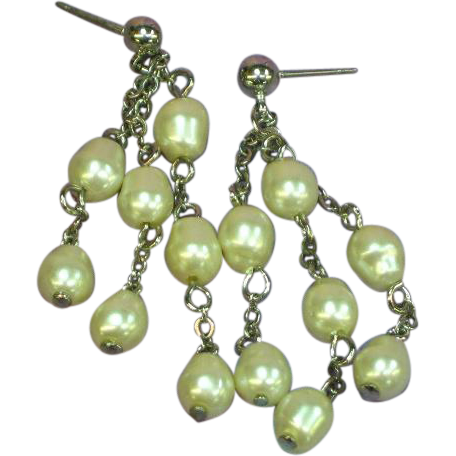 Baroque Glass Pearl Gorgeous Dangle Drop Pierced Earrings