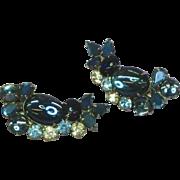 Vintage Juliana Delizza & Elster Blue Rhinestones Jelly Belly Art Glass Clip Earrings