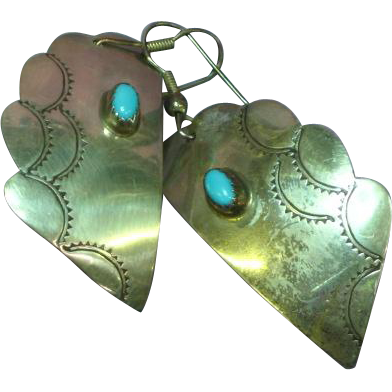Native American Indian Natural Sleeping Beauty Turquoise Cabochon Pierced Earrings