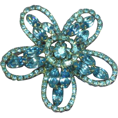 Large Star Shaped Blue Rhinestone Brooch Pin