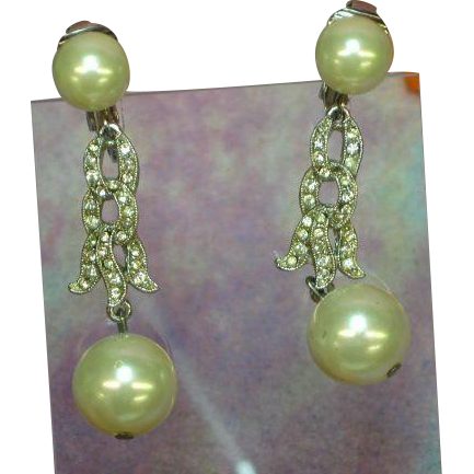 Vintage Pearl Silver Tone Rhinestone Faux Pearl Dangle Earrings