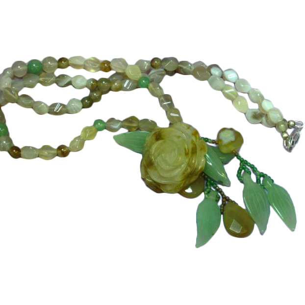 Jade Two Color Natural Agate Carved Rose Green Jade Beads and Leaves Beaded Necklace