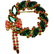Vintage Large Rare Unsigned Weiss Christmas Holiday Wreath Pin Brooch