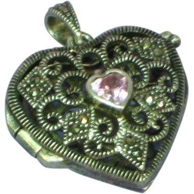 Puffy Heart Marcasite Pink Stone Filigree Vinaigrette 925 Sterling Silver Locket Perfume Necklace Pendant