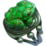John Binzley Original Carved Green Turquoise Frog Figural Sterling Silver Ring