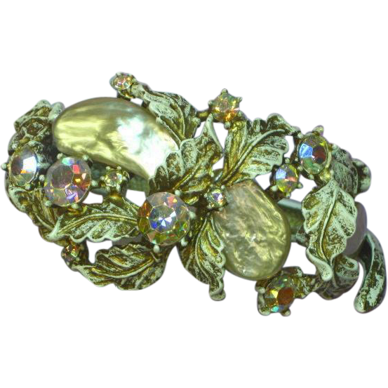 Magnificent HAR Pearlized Dragon Tooth with A/B Rhinestones Hinged Bracelet