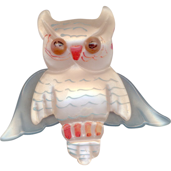 Vintage Pearlized Lucite Owl Brooch