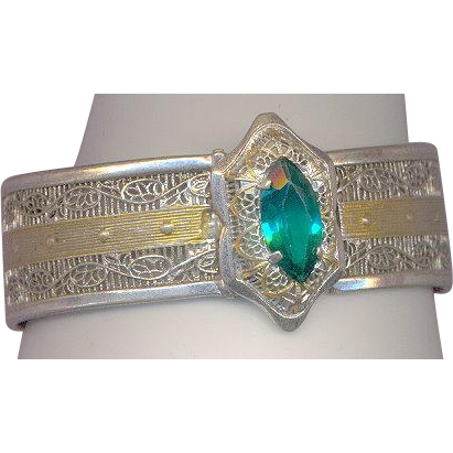 Deco Emerald Color Rhinestone Bracelet