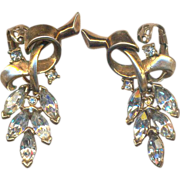 Vintage TRIFARI Rhinestone Clip on Earrings