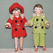 "3 3/4"" Pair Hertwig Dollhouse All Bisque Dolls Red & Green"