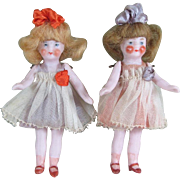 "3 1/4"" Pair Hertwig Dollhouse Dolls ~ All Original!  Pair # 1"