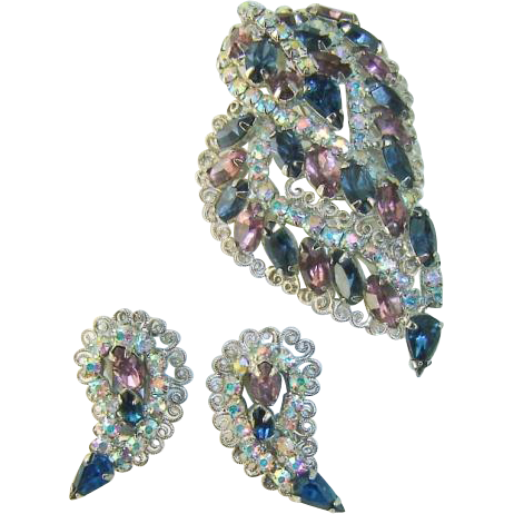 Vintage HOBE Brooch Earrings Purple Blue AB Rhinestone Filigree Dimensional Set