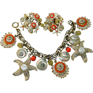 Vintage Signed ART Starfish Shells Charm Bracelet Earrings Set