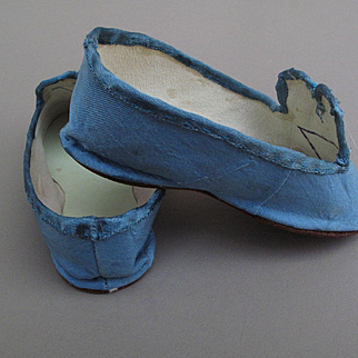 Lovely Silk Bebe Slippers for Large French or German Child [ vintage artist made ]