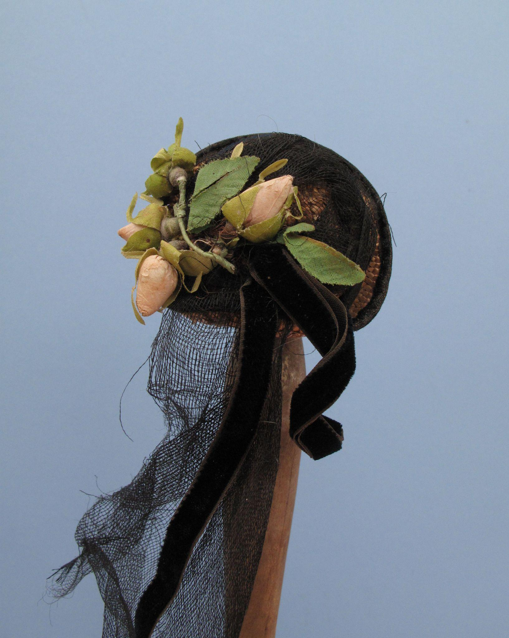 Exceptional and Dear 19th c. Fashion Chapeau for Your Petite Poupee'