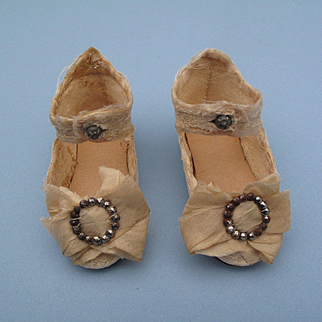 Lovely Early Incised Jumeau Shoes