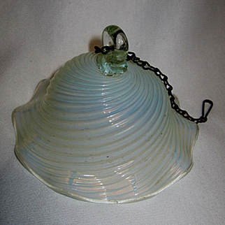 Victorian Opalescent Ribbed Swirl Smoke Bell